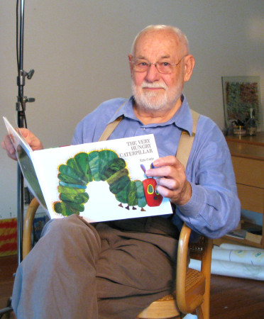 EricCarle_Reads_VHC[1]