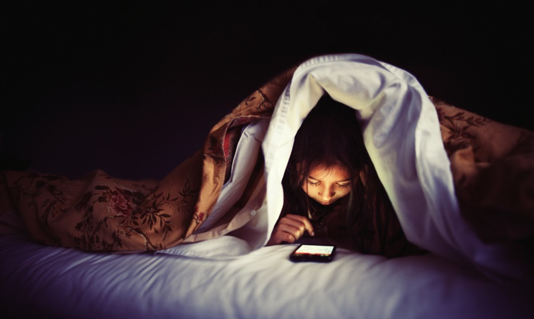 Video Games, iPhones and iPads are to Blame For Sleep Problems in Teens