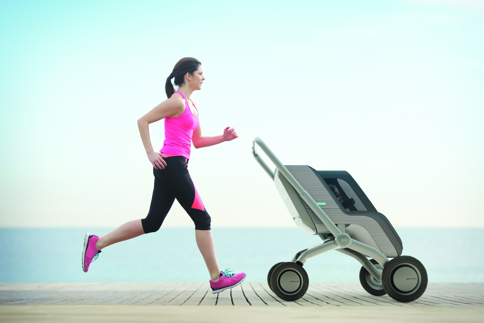 SMARTBE STROLLER IS HALF-WAY TO ROBOT NANNY