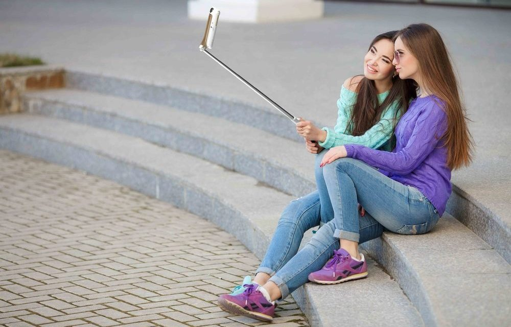 The Best Selfie Stick For Families