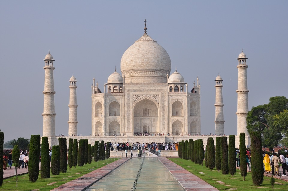 5 Taboos To Avoid When Traveling To India