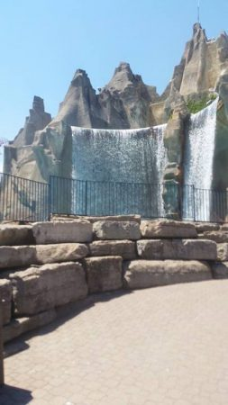 10 Tips for Visiting Canada's Wonderland with a Toddler
