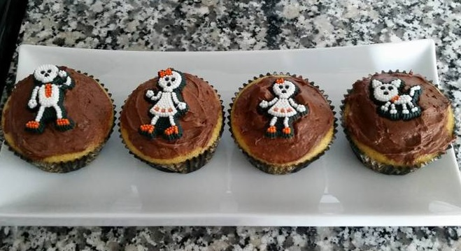 Simple Trick and Treats for a Friendly Halloween Party!