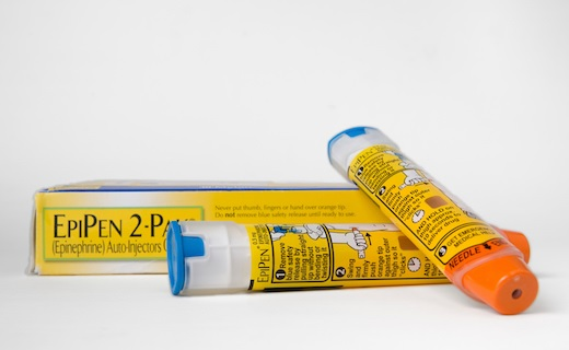 7 Tips on affording EpiPen (or alternative epinephrine auto-injector)