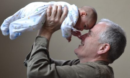 Grandparents and Grandkids: Relationship That Warms Up the Heart