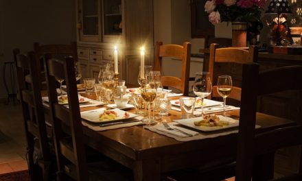 Ten Funny (and serious) Signs Your Children Are Too Old for the Holiday Kids' Table