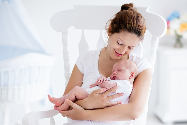 10 Ways to More Comfortable Breastfeeding