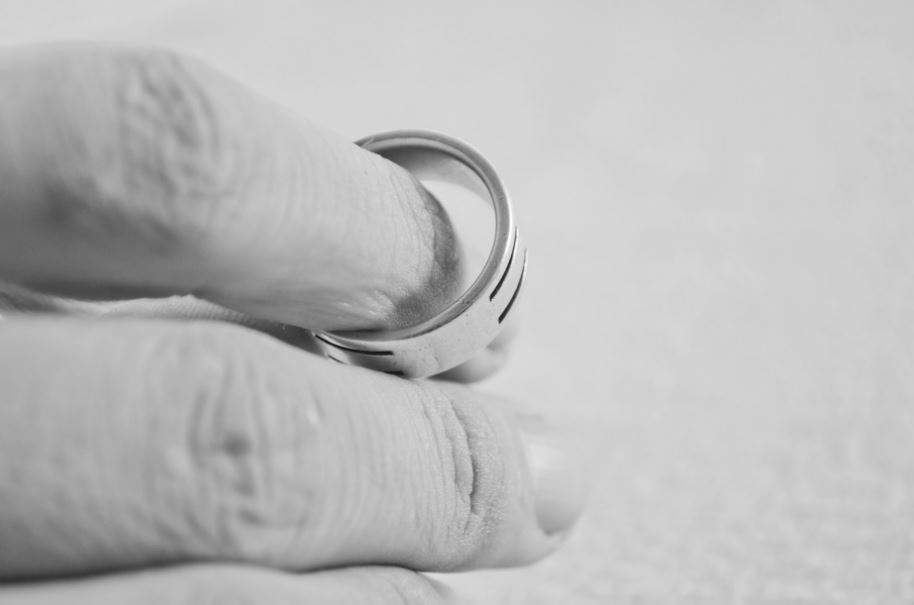 4 Tips For Handling A Difficult Separation From Your Spouse