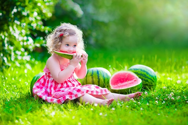 The BEST Tips to Choose Summer Food for Babies