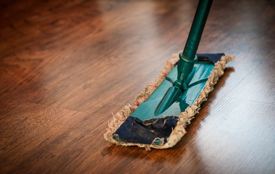 Healthy Home: 4 Tips For Keeping Your Home Clean For Your Whole Family