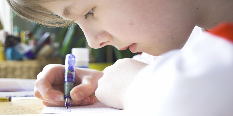 5 Steps to Improve Handwriting skills with Kids