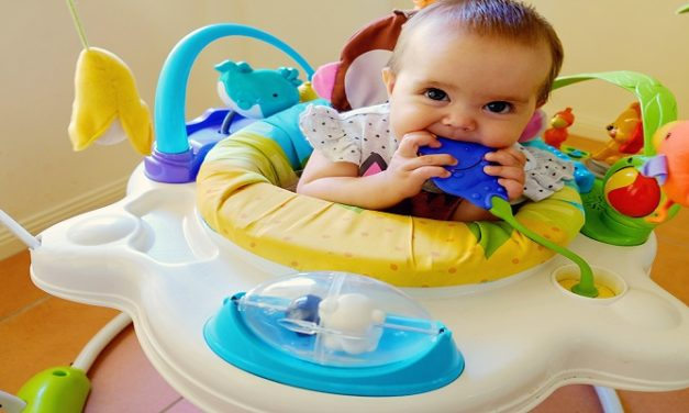 CHILDREN: BABY JUMPERS ARE FUN TOYS FOR BABIES!