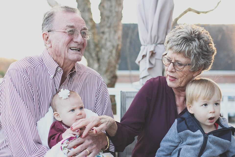How to Nurture the Relationship Between Your Child and Their Grandparents