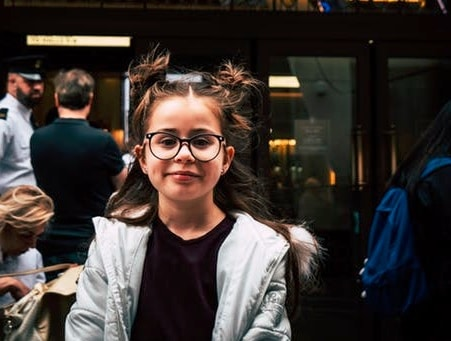 4 Signs That Your Child Might Need Glasses