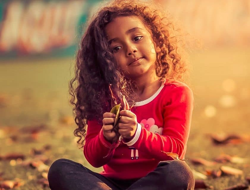 5 Things to Do or Say if Your Daughter is Showing Signs of Hating Her Curly Hair