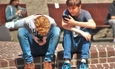 How Digital Distractions are Raising Anxiety Levels in Our Teens